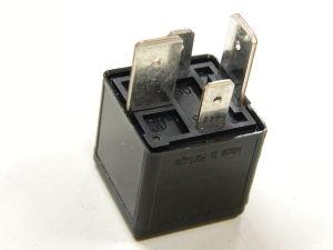automotive relay 12vdc 70a n o tyco v23134 j52 d642. Black Bedroom Furniture Sets. Home Design Ideas