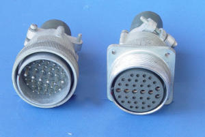 Connettore volante completo, AN3106A-32-7P, AN3100M-32-7S   35pin