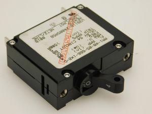 CARLING AA1-X0-05-666-1X2-D interruttore corrente continua 4A 80Acc  foro circolare