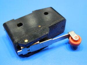 Microswitch finecorsa azionamento a rotella deviatore 380Vac 16A