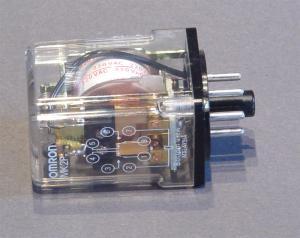 Relais 2 scambi 10A bobina 220Vac