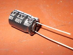 4,7uF 400v capacitor SANYO (10pcs.)