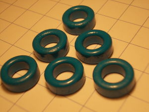 Toroidal ferrite core mm. 13x7x5 (6pcs.)