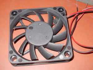 Brushless 12Vdc cooling fan 60x60x10 mm.