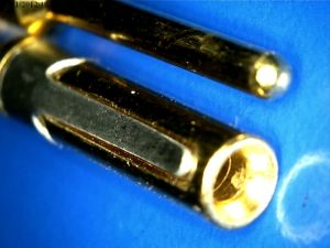 Gold pin connector