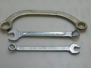 "N.3 chiavi misura in pollici  (3/8"") + (1/2"") + (9/16""+5/8"") cromo vanadio , chiave  Americana"
