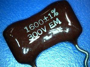 1600pf 300Vdc Condensatore Mica/Argento