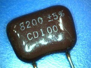 8200pf 100Vdc Condensatore Mica/Argento