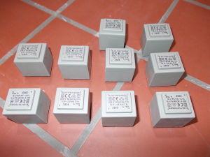 N.10 trasformatori resinati 2,8VA 220/12V