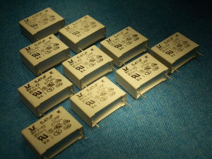 0,47MF 275Vac capacitor (n.10pcs.)