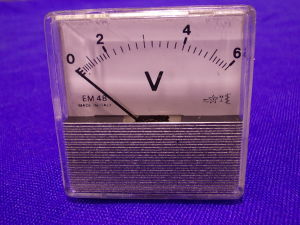 Voltmetro 6Vac/cc 48x48