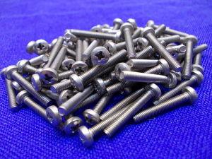 Vite Inox M3x20 testa cilindrica croce  (100 pezzi)