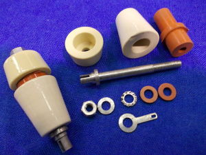 Isolatore passante in ceramica a tenuta stagna 44x22