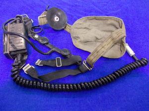 Cuffia da casco con laringofono