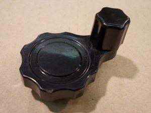 Manopola a manovella 40x18 foro mm. 6