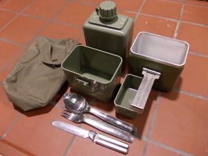 Kit cutlery canteen