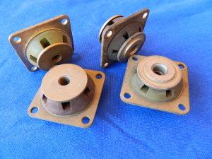 Antivibrante shock absorber  Barry 5210-N3    5340-12-178-1875   dim. mm. 44x44x27 (n.4 pezzi)
