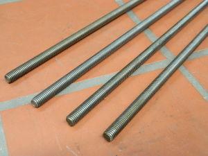 Barra filettata acciaio M8 x mt.1  (4 pezzi)