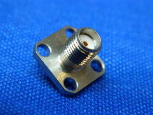 Connettore coassiale SMA femmina flangiata pin isolato mm. 4,5 RADIALL R125 409 131