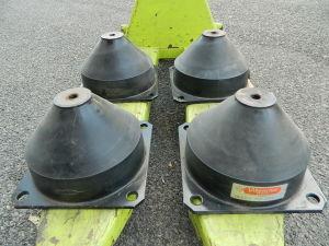 N. 4 Vibrachoc ammortizzatori antivibranti shock absorber cm. 22x22x14