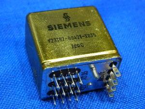Relay  SIEMENS   V23162-B0421-X035  shielded 4way  24Vdc  700ohm