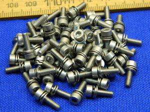 Vite inox M3x10 testa brugola con rondelle preassemblate (50 pezzi)