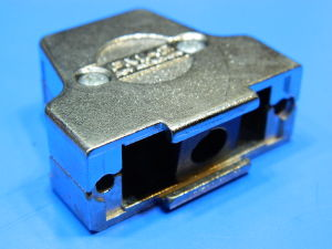 Shielded metallic shell for connector DB15