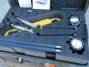 Tavolo operatorio da campo portatile con contenitore