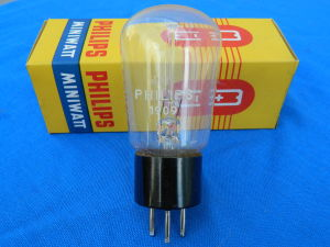 1909 PHILIPS electron tube nos