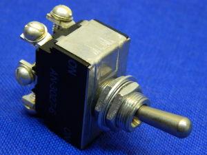 Interruttore a levetta momentaneo  AN-3027-6  ST50R,  2vie 20Amp norme MIL , Cutler Hammer