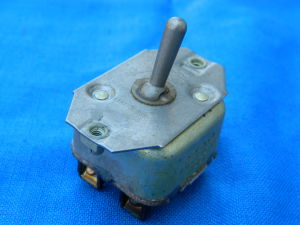 Toggle switch AN-3023-10  ON-ON with back return 2way 30Amp