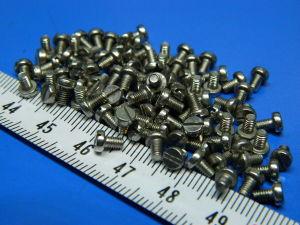 Vite amagnetica ottone M2,5x4 testa cilindrica (100 pezzi)
