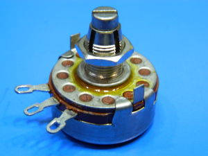 Potentiometer 2,5Kohm 2W Allen Bradley type J with lock