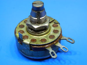 Potentiometer 25Kohm 2W Allen Bradley type J with lock