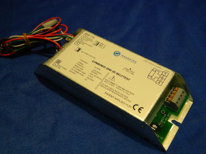 Reattore elettronico + emergenza Magnetec 28W 2D senza batterie