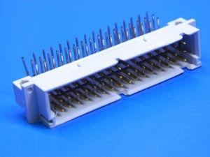 Connettore 48 poli maschio 90° circuito stampato DIN41612