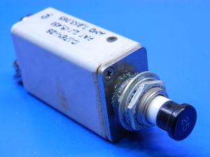 KLIXON D6761-1-25 circuit breaker aircraft  25Adc