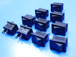 Switch ON-OFF 250Vac 2A (10pcs.)