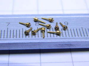Golden insulated pin (10pcs.)