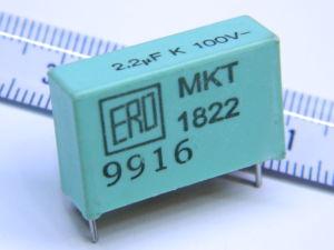 2,2uF 100Vcc condensatore ERO MKT1822 (n.2 pezzi)