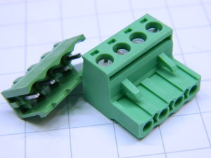 Connector 4 pin mm. 5