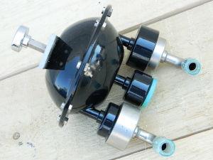 Push button vacuum pump