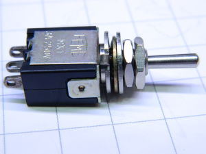 Toggle switch ON-OFF-ON with return FEME 250Vac 3A