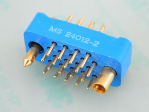 Connector 18 pin MS24012-2 male Winchester gold plated
