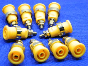 Socket banana yellow 4mm. (n.10pcs.)