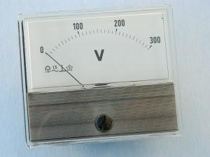 Voltmetro 300Vac 70x60, classe 1.5