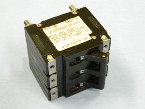 Circuit breaker HEINEMANN AM3-A8-A  25A 250Vac 50/60Hz 3 poles