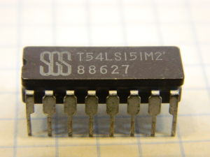 T54LS151M2 integrated circuit