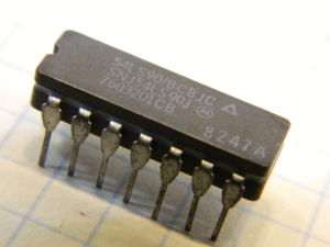 SNJ54LS90J integrated circuit