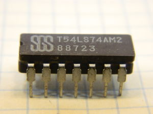 T54LS74AM2 integrated circuit